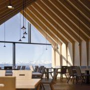 ویژگی های طرح های نمای چوبی رستوران